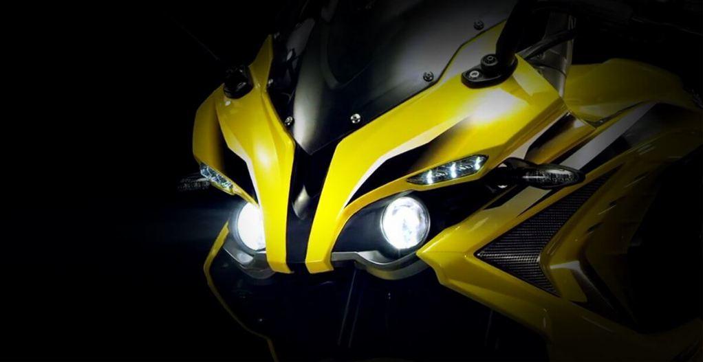 Bajaj Puslar RS400