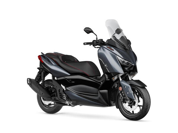 XMAX 125 price in India